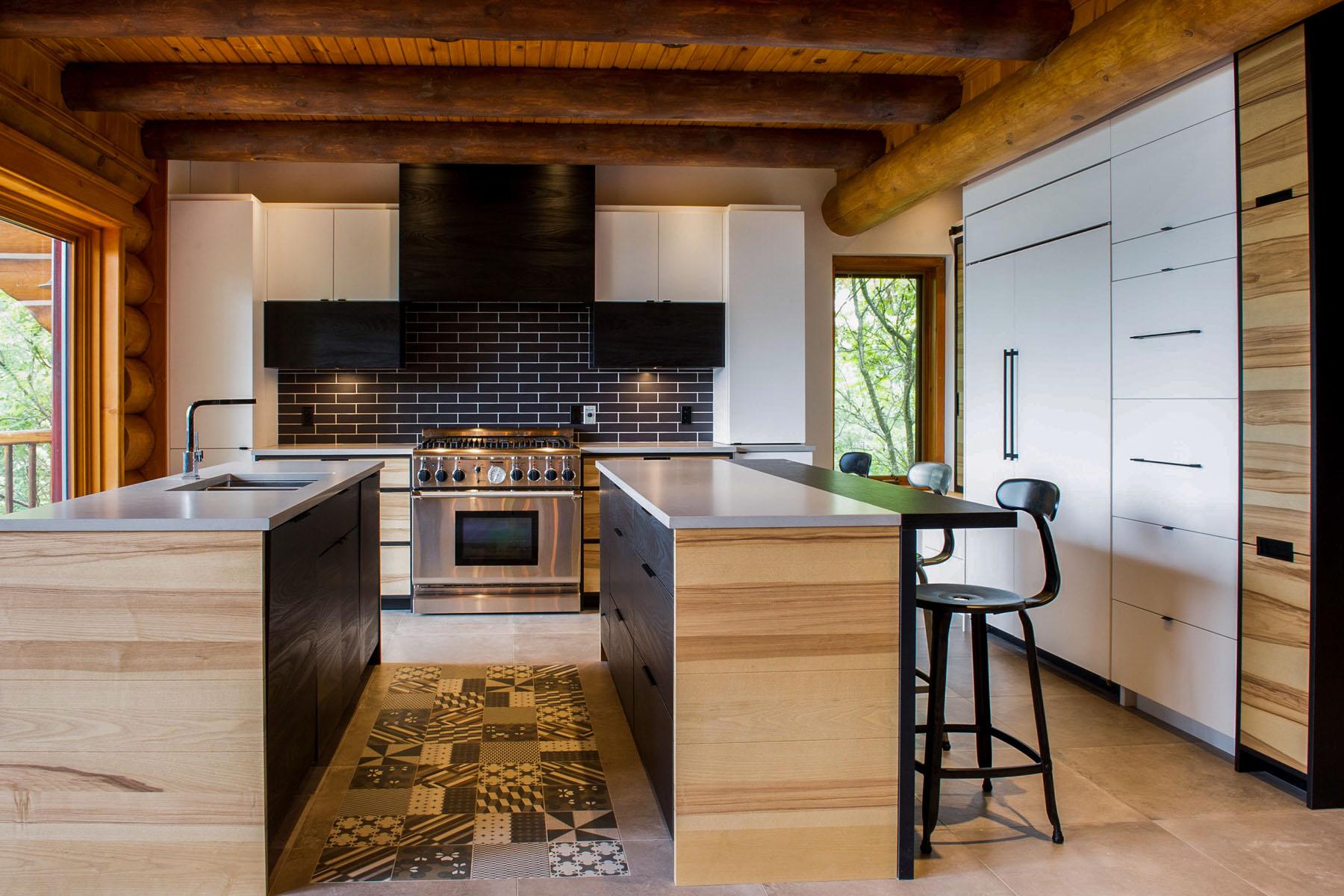 rénovation maison bois rond bord de l'eau | kalla cuisine design